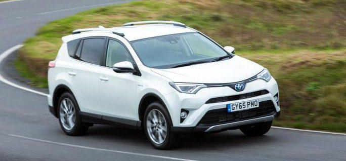 Performance of Toyota RAV4 on the road