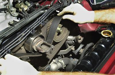 renault 1.6 how to get timing belt on