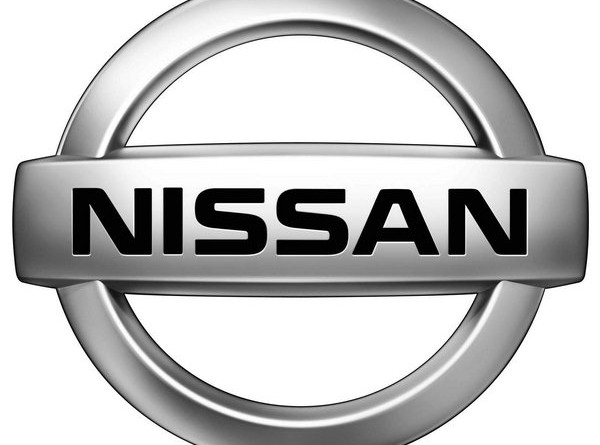 Nissan Tiida Vs Nissan Note