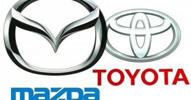 Toyota vitz Vs mazda Demio
