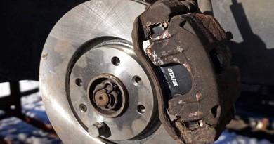 brake caliper sticking problem