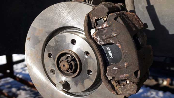 brake caliper sticking problem