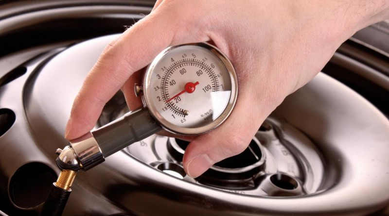 Calibrating a Tire Pressure Gauge