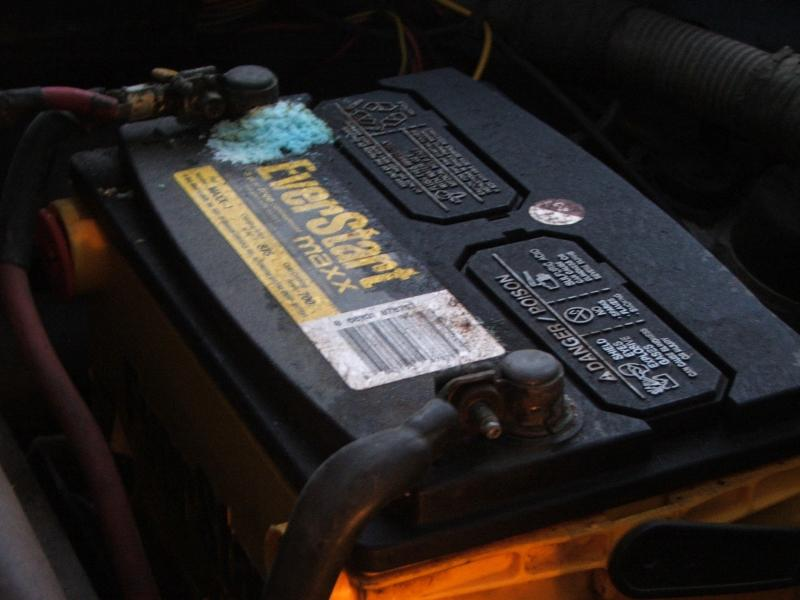 How To Clean Battery Acid >> How To Clean Car Battery Corrosion Here Are 3 Simple Steps