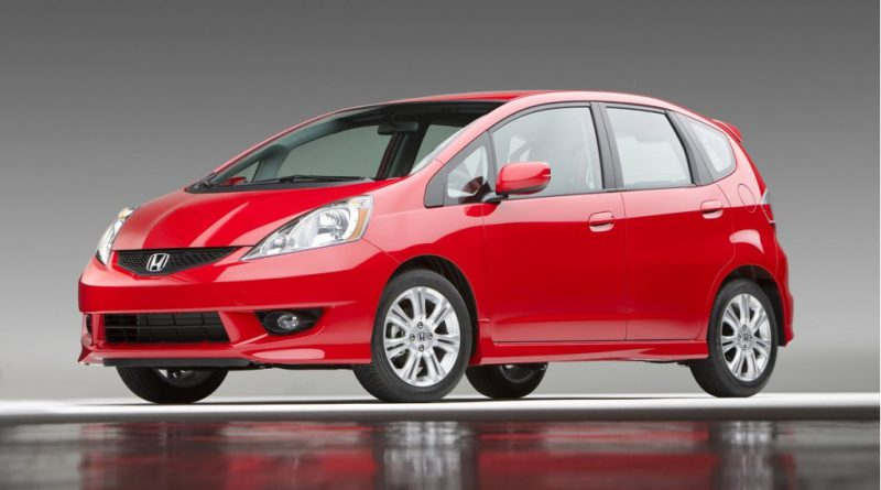 Nissan Cube vs Honda Fit