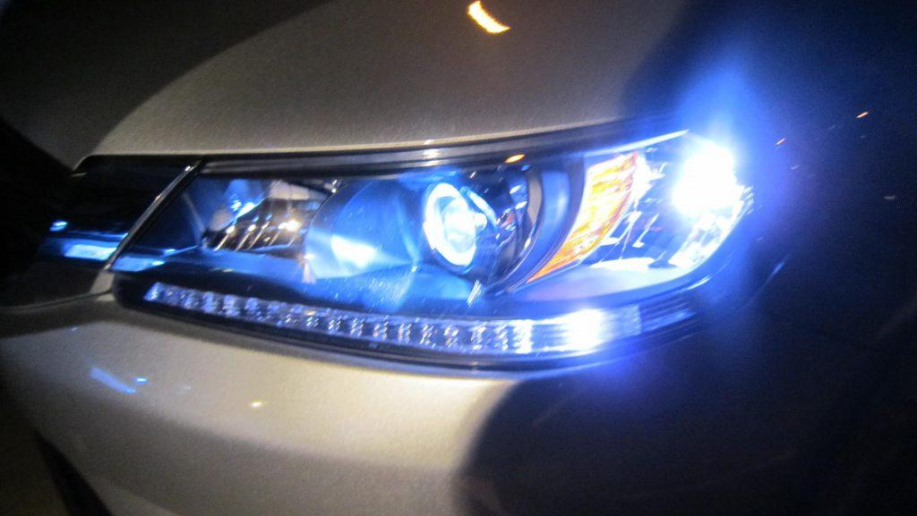 4 Ways Hid Headlights For Cars Improve Your Driving Car
