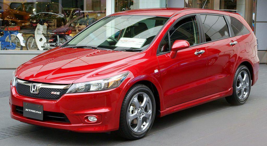 Cheap cars in Kenya: Honda Stream
