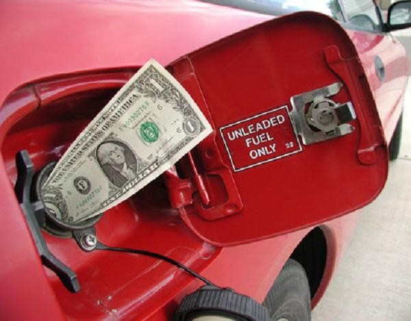 6 Simple Ways to Save Gas and Money