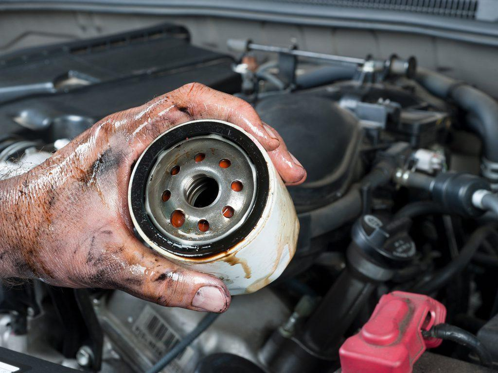 Which factors we should notice when choosing oil filters for cars?