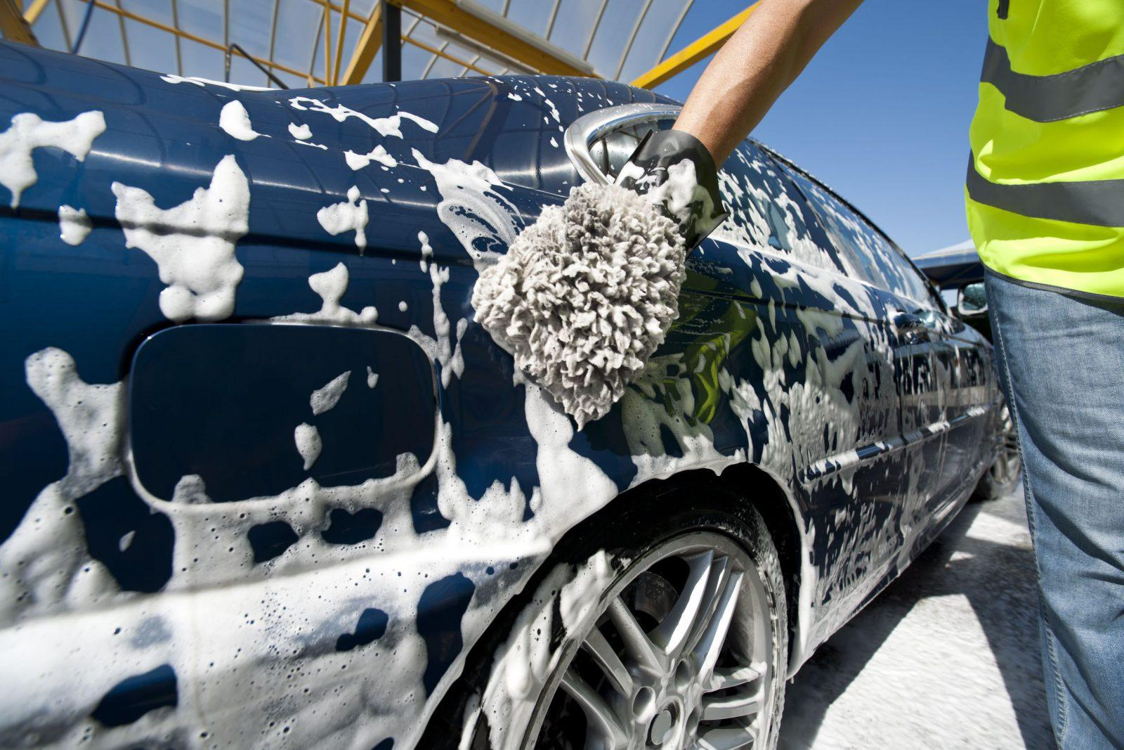 5 ways car wash service will destroy your car car from for Lavage auto interieur