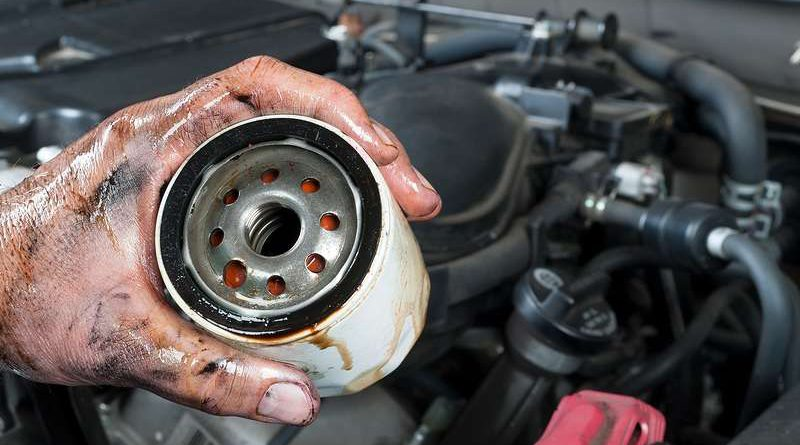 How to change car oil yourself