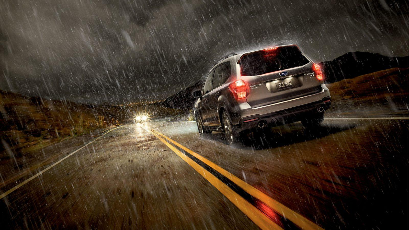 Truck Headlights In Rain : Safety tips for driving in the rain car from japan
