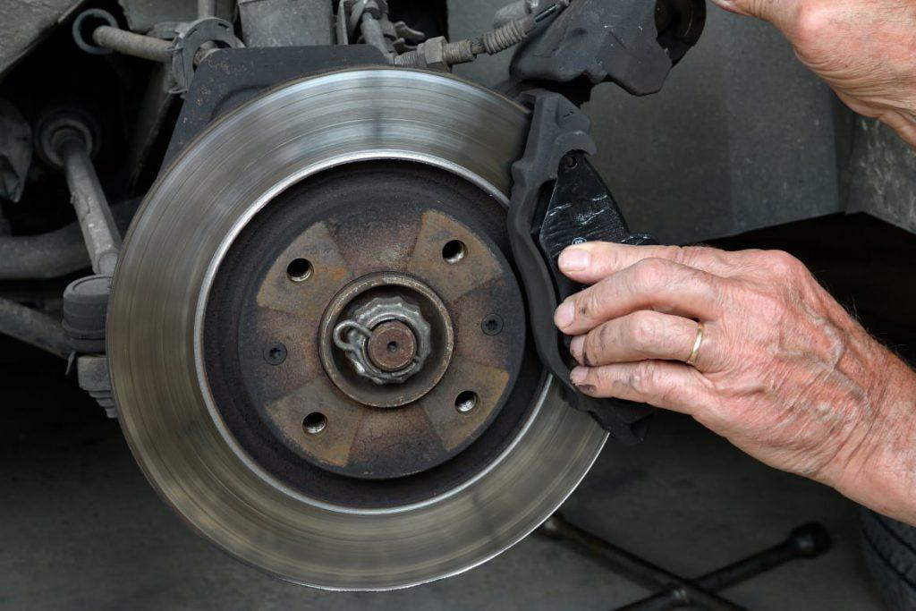 Signs of unsafe brakes