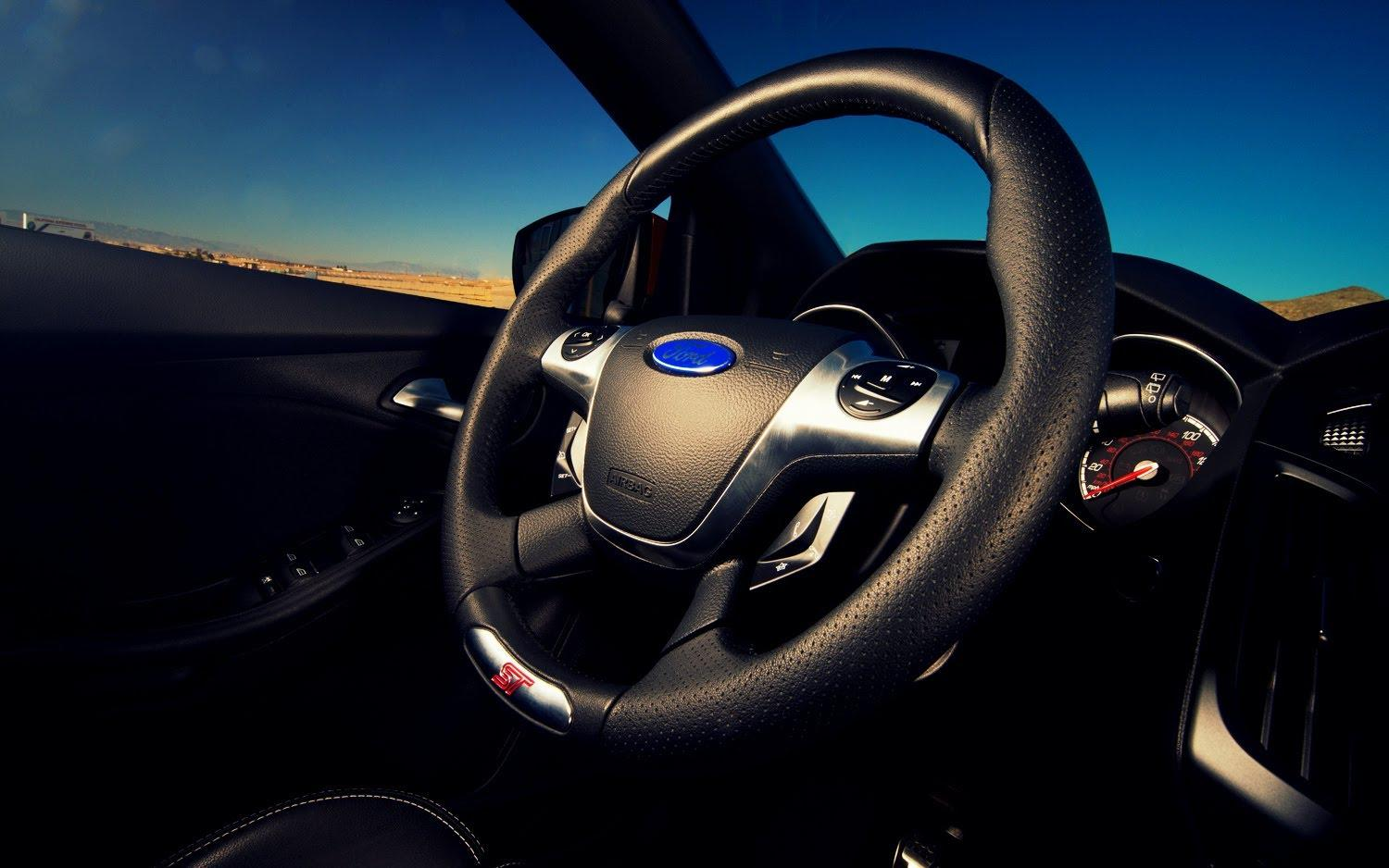 how to clean steering wheel and make it shine again. Black Bedroom Furniture Sets. Home Design Ideas