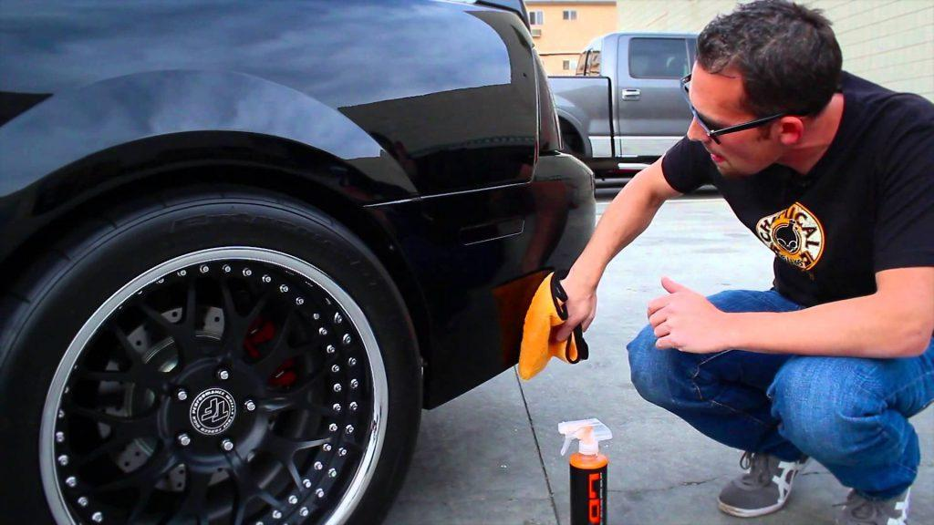 Applying the sealant for your car is an effective way to make it more shiny.