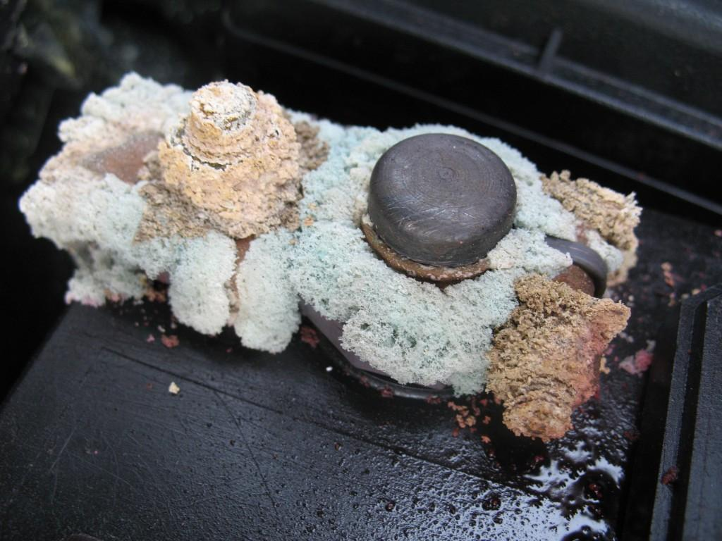 Battery Terminal Corrosion and its symptoms