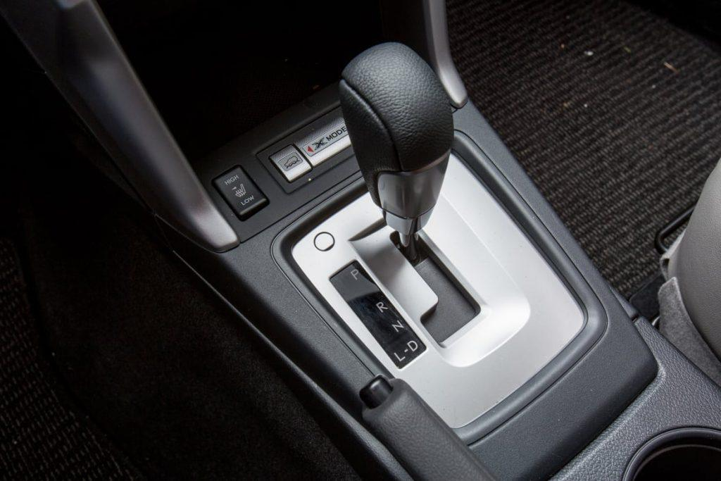 YOU Fits Manual and Automatic Cars Handbrake to GearStick Lock