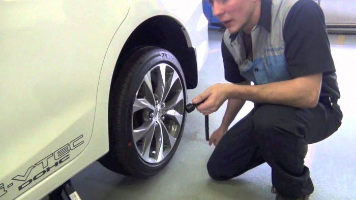 Process of driving on a donut tire