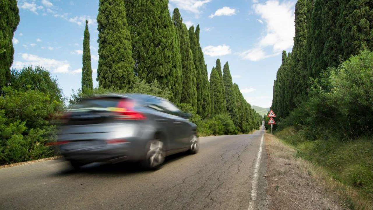 Why A Car Shakes When Accelerating? – Discover The Causes
