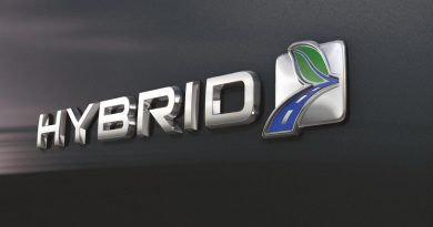 tips for maximising hybrid's fuel economy
