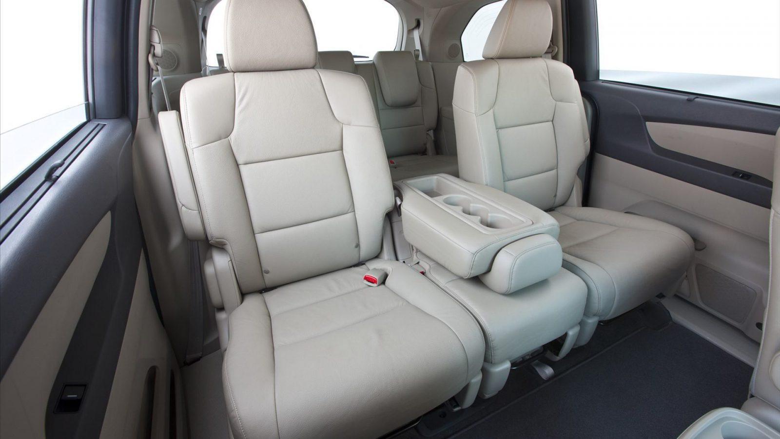 Honda odyssey car seat covers velcromag for Honda odyssey seating