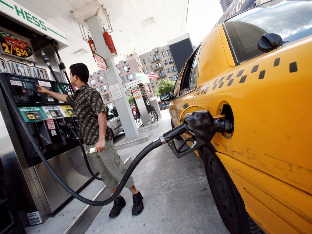 Steps to put premium gas in a regular gas car