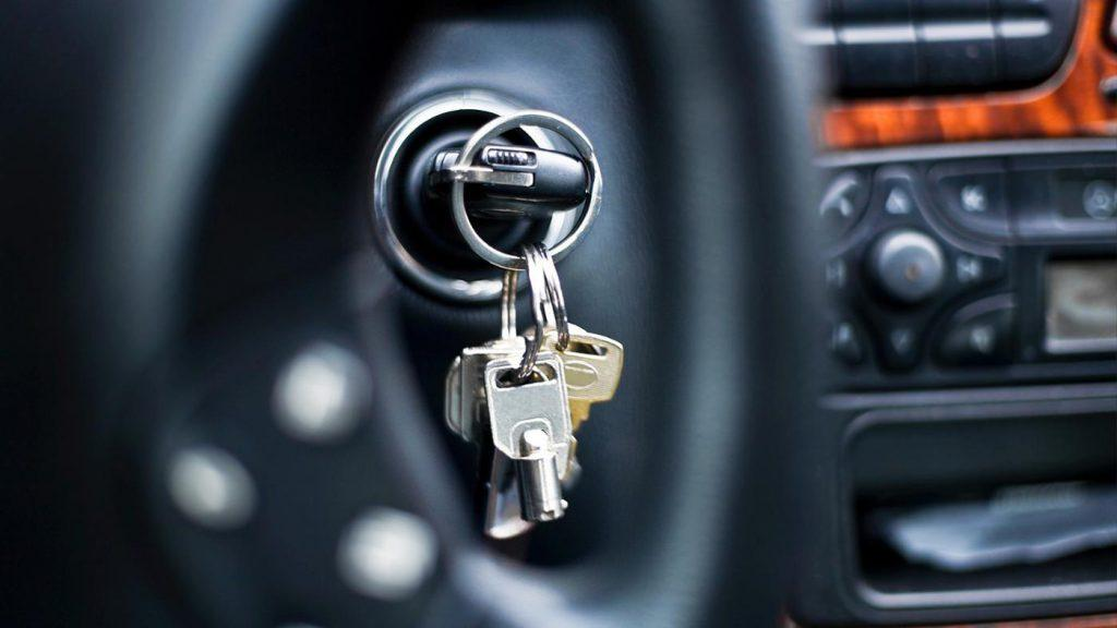 You cannot remove the key while driving