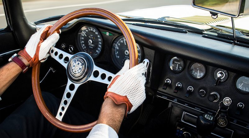 Find how to put on steering wheel cover