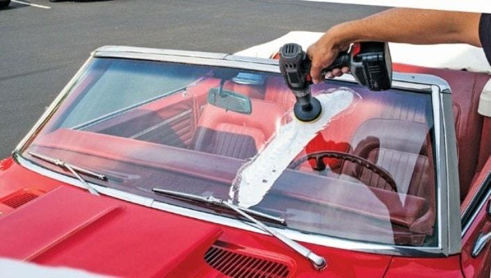 how to remove scratches from windshield