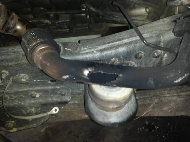 Upstream exhaust leak cause backfire