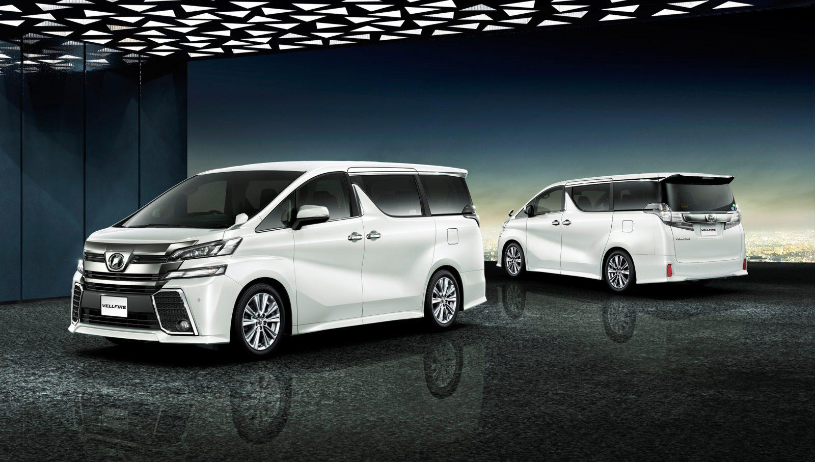 Nissan Elgrand Vs Toyota Vellfire Comparison Car From Japan