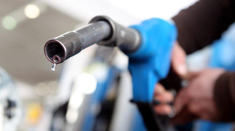 Find water in gas tank symptoms