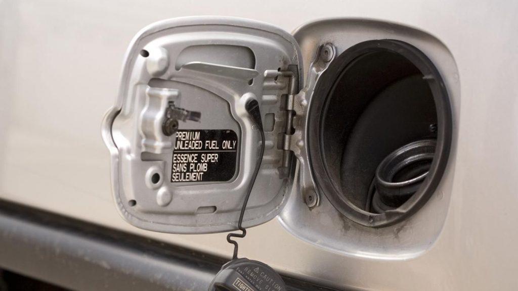 Some water in gas tank symptoms