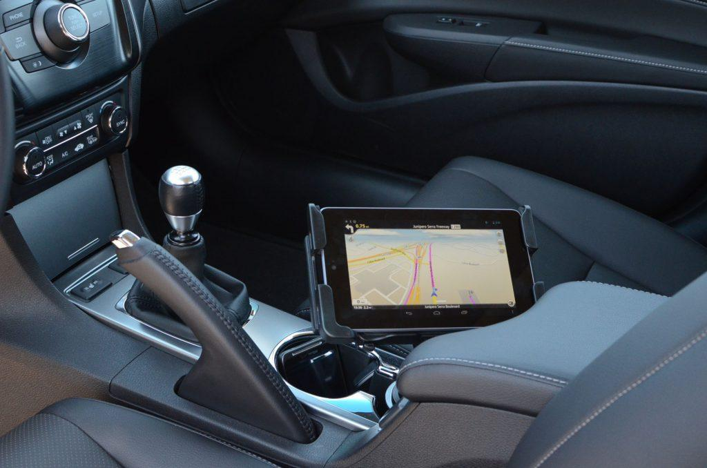 where to mount phone in car safely