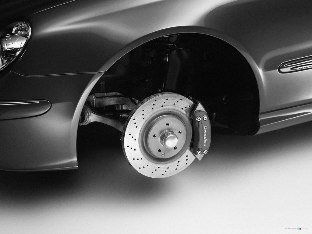 Comparing drum brake Vs disc brake