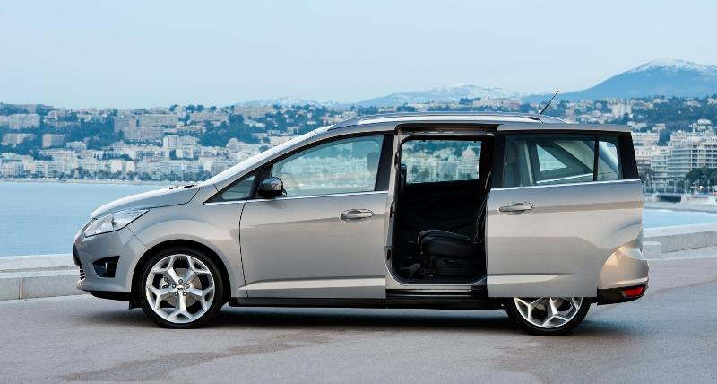 cars with sliding doors