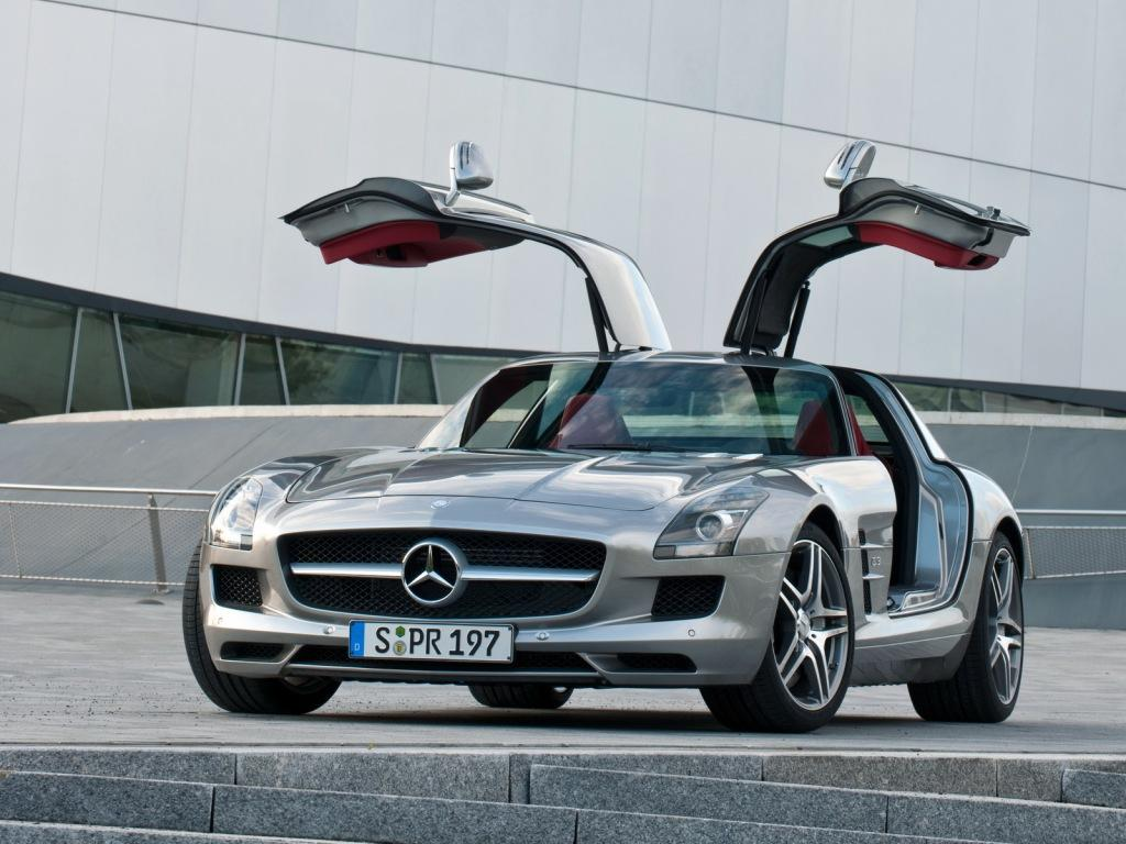what does amg mean in mercedes benz