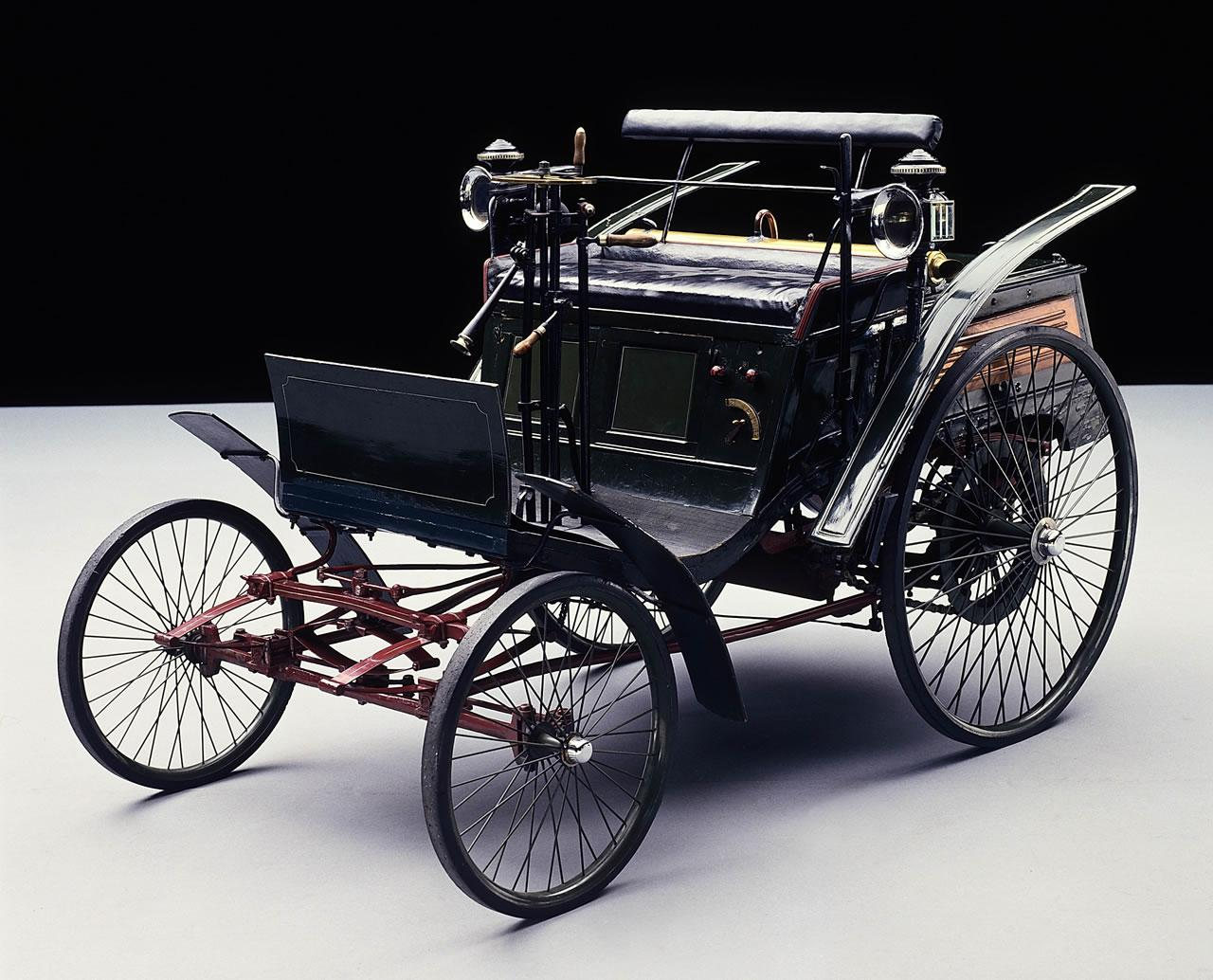 Everything You Need To Know About The First Car In The World