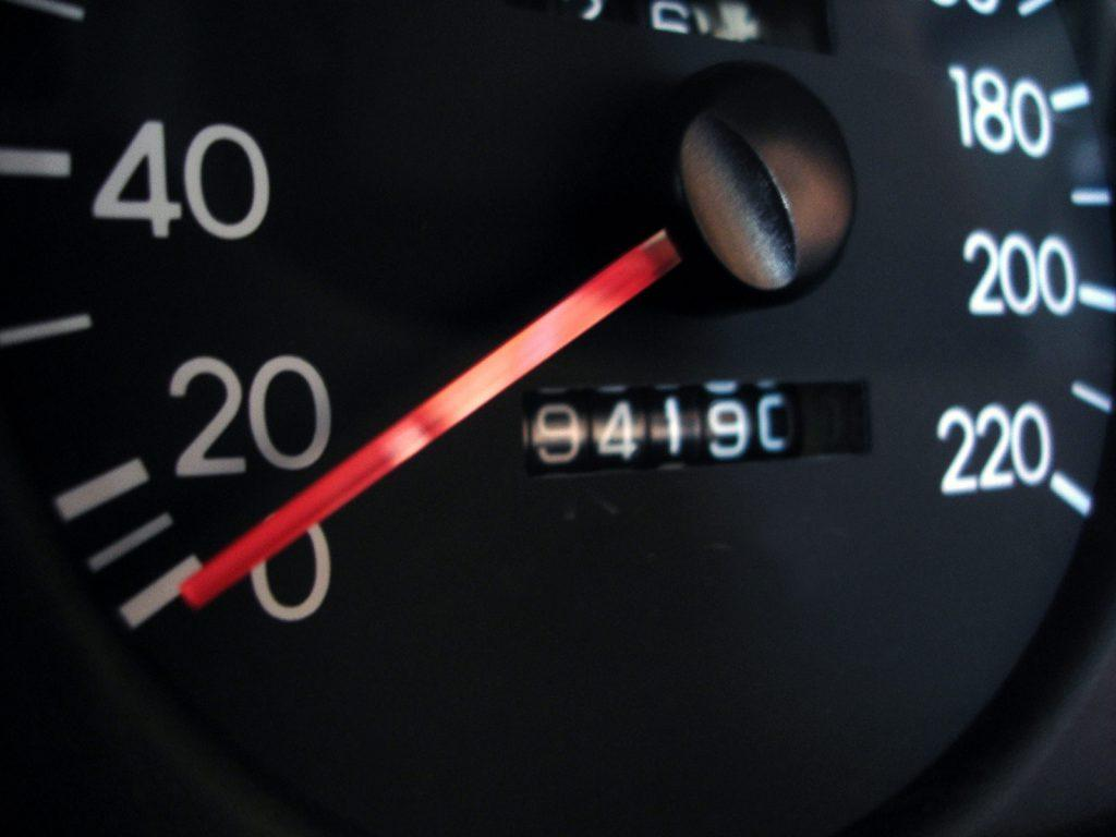 Guide about does a new engine reset the odometer