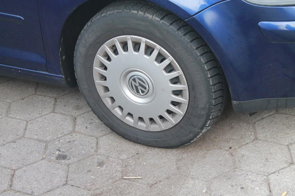 reasons why car tires are unbalanced