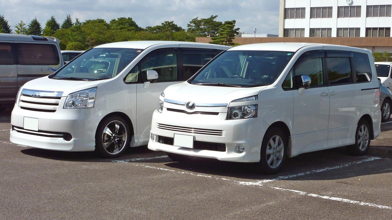 Learn about Toyota Noah vs Voxy