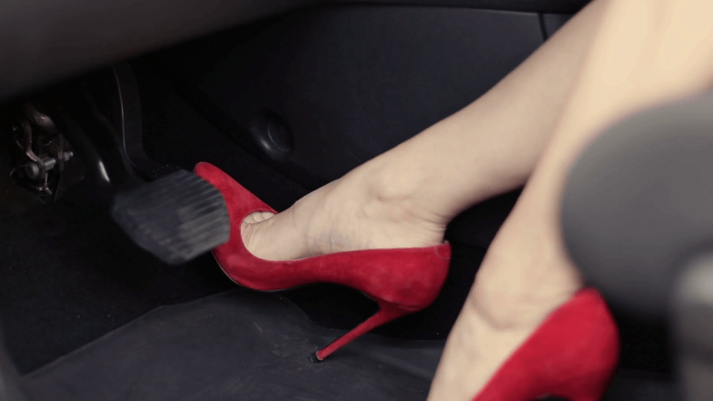 Ways to introduce pressing the clutch pedal while starting the car in neutral