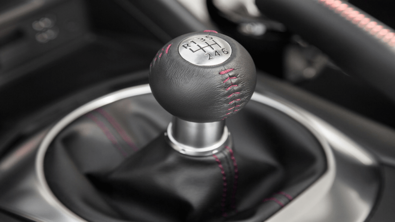 Shifting Without Clutch – How Does It Work In A Manual Car