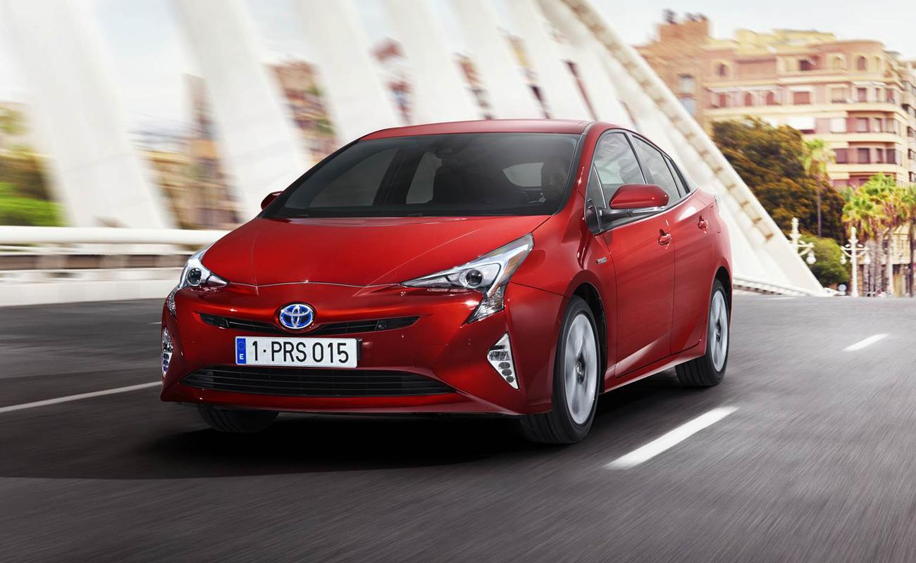 Prius Vs Prius C >> Take Your Pick The Difference Between Prius Models