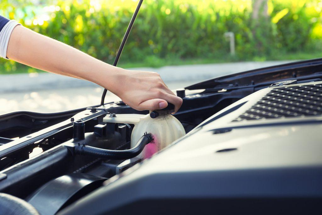 Understand how often to change engine coolant