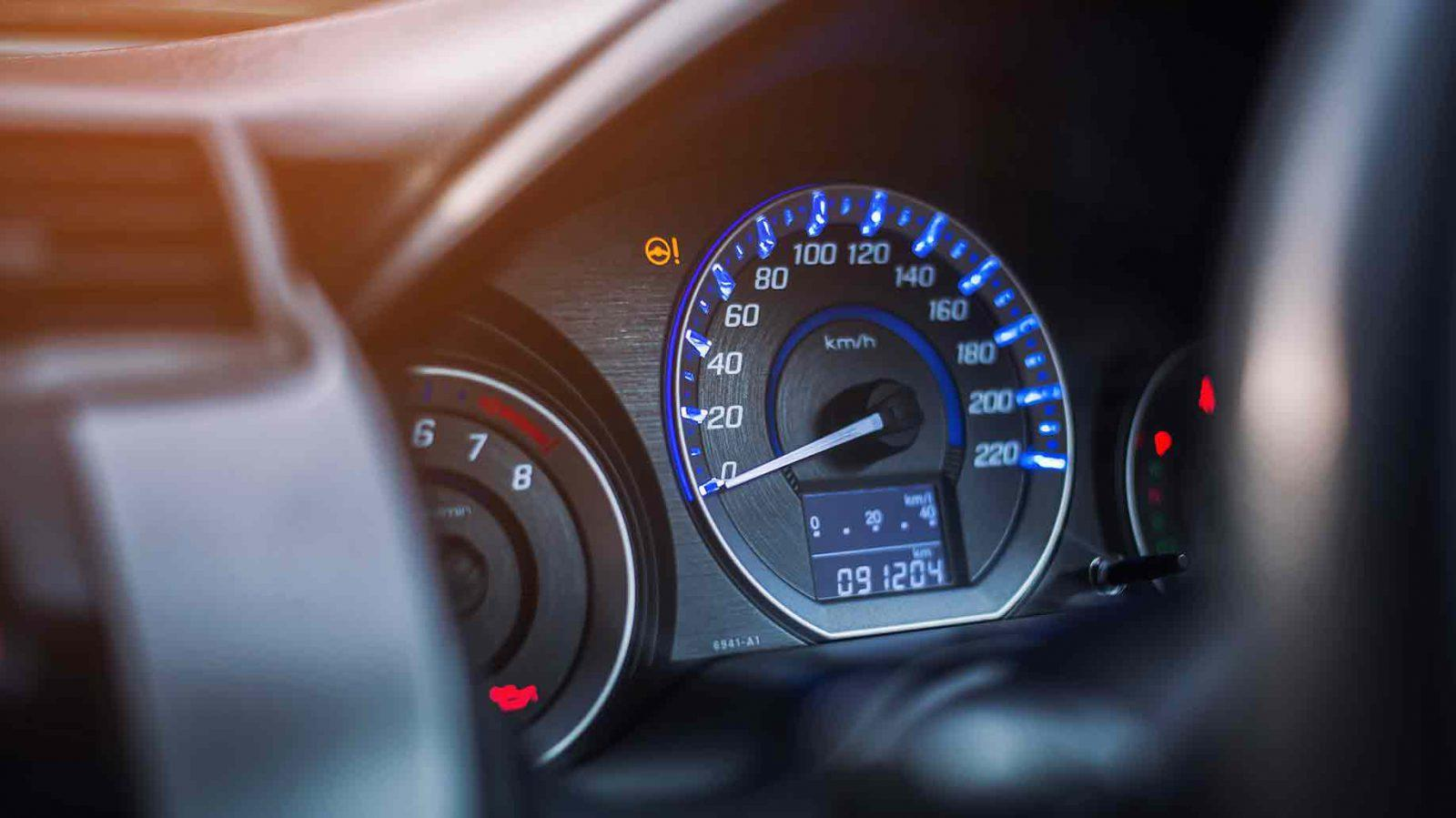 Can You Really Find PROS AND CONS OF LEASING A CAR (on the Web)?
