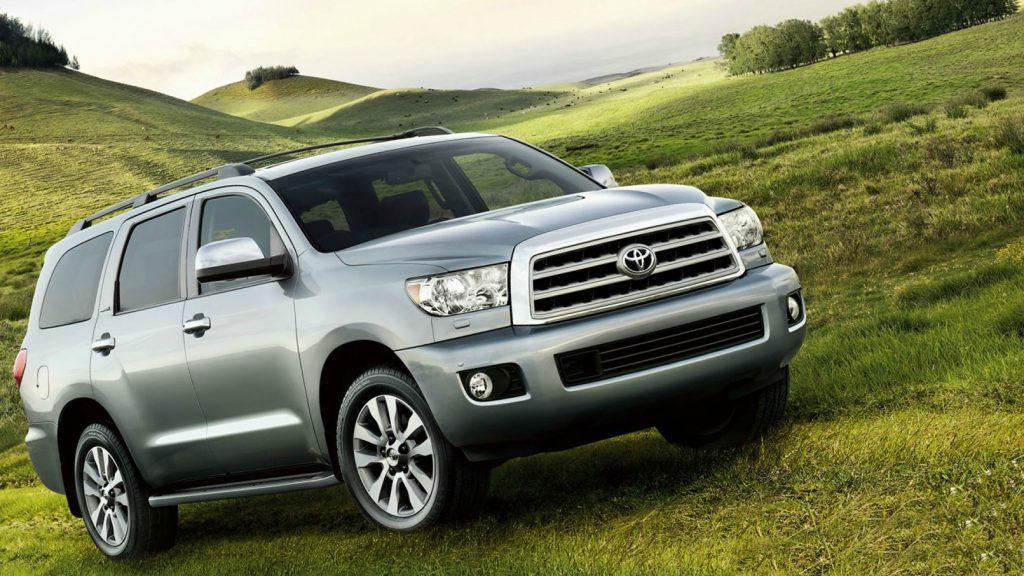 Looking at the best 8 seater SUVs