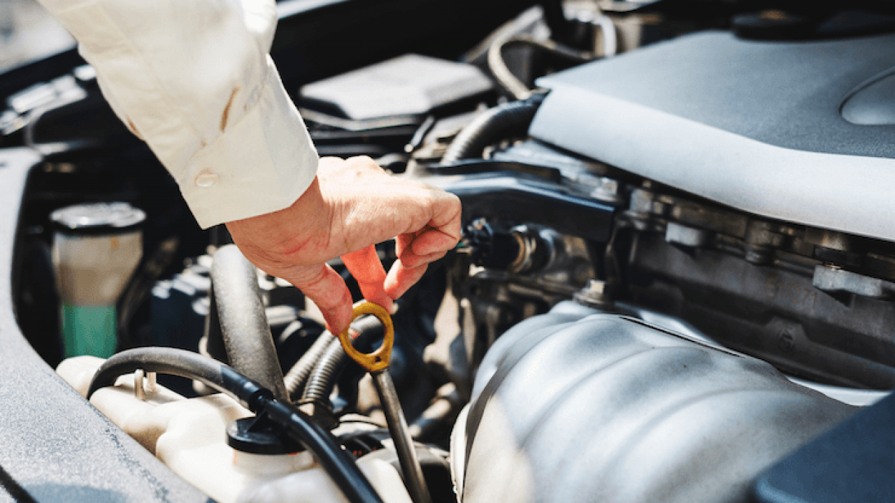 How To Check Transmission Fluid For Manual And Auto Cars