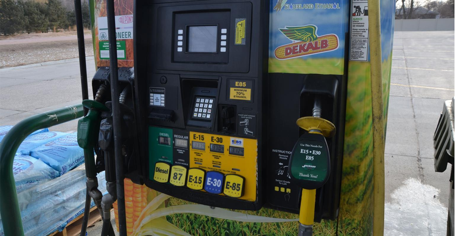 What Is Flex Fuel >> A Short List Of Pros And Cons Of Flex Fuel