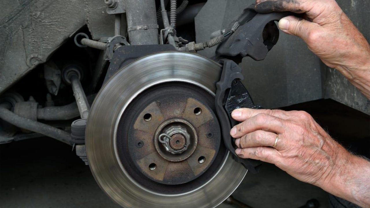 Brake Pad Thickness: What Is The Minimum Depth? | CAR FROM JAPAN